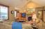 5154 NE Neotsu Dr, Neotsu, OR 97364 - Vaulted Living Room