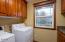5154 NE Neotsu Dr, Neotsu, OR 97364 - Laundry room