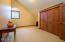 5154 NE Neotsu Dr, Neotsu, OR 97364 - Huge Upstairs Bedroom