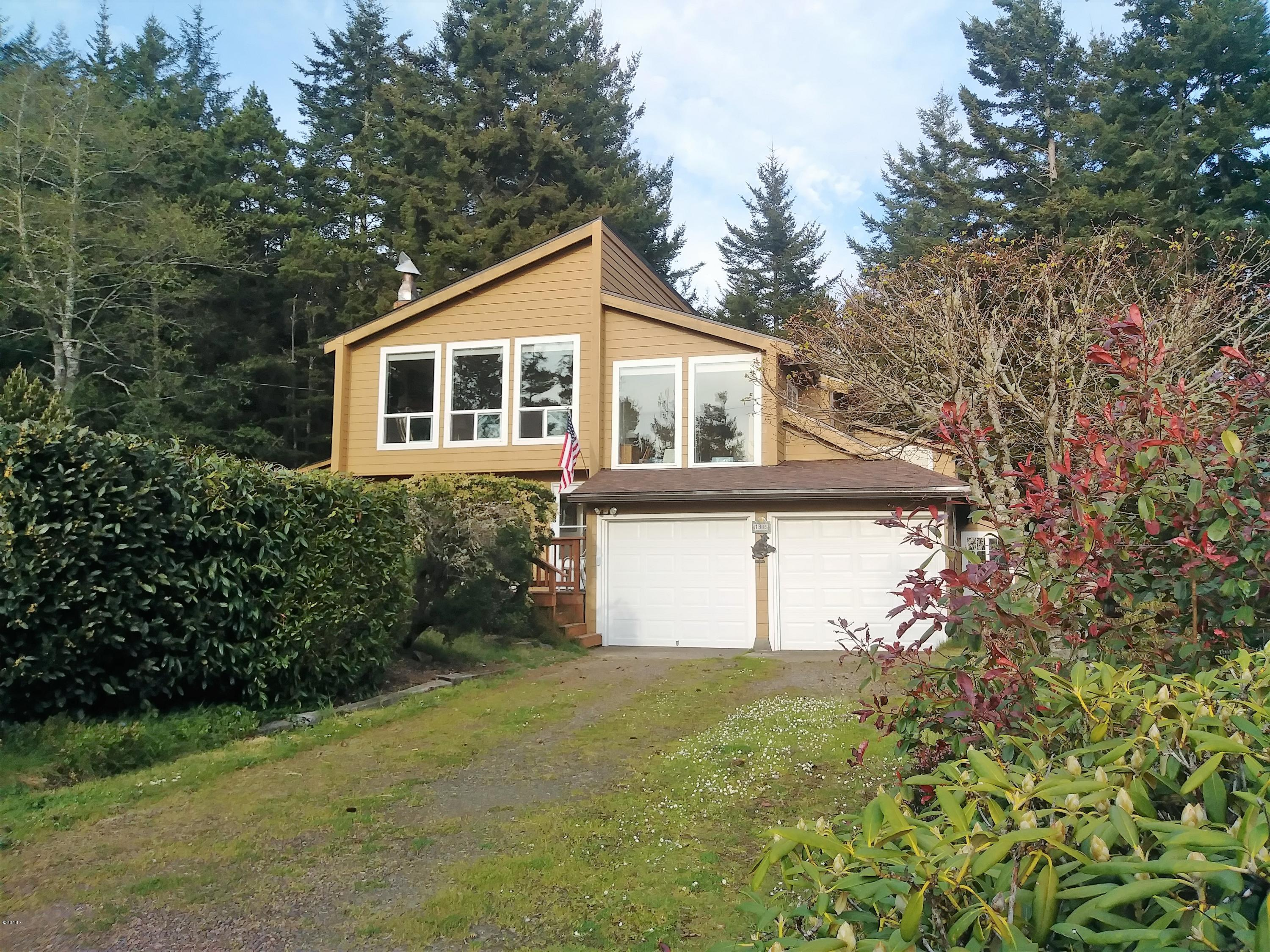 1905 NW Pine Crest Way, Waldport, OR 97394 - Front Home