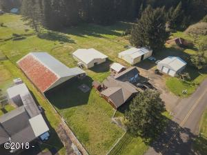 290 Camp 12 Loop, Toledo, OR 97391