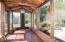 381 S Anderson Creek Rd, Lincoln City, OR 97367 - sun room