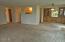 310 NE 32nd St, Newport, OR 97365 - Livng & Diing Room