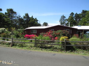5625 Palisades Dr, Lincoln City, OR 97367 - Lovely Home