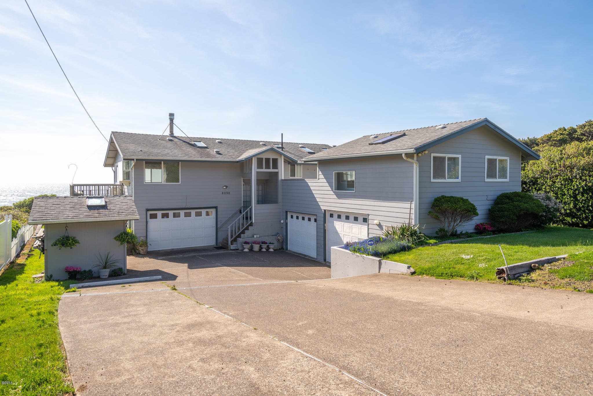 8898 SW Marine View St, South Beach, OR 97366