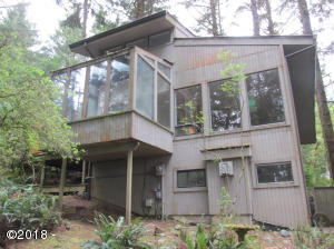 103 Salishan Dr, Gleneden Beach, OR 97388 - Front of house