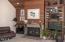 554 Fairway Dr., Gleneden Beach, OR 97388 - Fireplace & Built Ins
