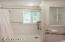 554 Fairway Dr., Gleneden Beach, OR 97388 - Master Bathroom