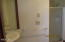 5521 NW Jetty Ave, Lincoln City, OR 97367 - Bathroom