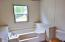 511 SE Moffitt Rd, Waldport, OR 97394 - Master Bath