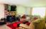1480 NW Deer Dr, Toledo, OR 97391 - Living room