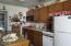 4239 SW Highway 101, 3, Lincoln City, OR 97367 - Kitchen