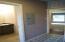 536 NE Alder St, Yachats, OR 97498 - Guest bathroom