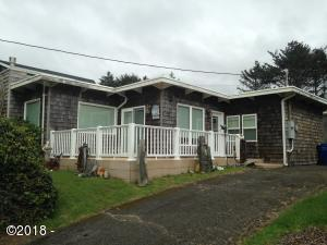 3040 SW Beach Ave., Lincoln City, OR 97367 - Front