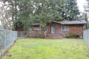 90 3rd St., Otter Rock, OR 97369 - Exterior