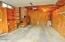713 NE Cherry Ln, Toledo, OR 97391 - Garage