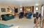 425 SW Green Dr, Waldport, OR 97394 - Living Room!