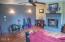 431 NE 10th Ct, Newport, OR 97365 - Living Room (1)