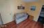 431 NE 10th Ct, Newport, OR 97365 - Bedroom 1 (2)