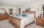 4627 SE Lee Ave, Lincoln City, OR 97367 - Master Bedroom