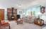 24590 River Bend Rd, Beaver, OR 97108 - living room