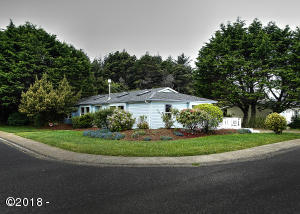 1135 SW Ocean Hills Dr, Waldport, OR 97394 - Large Corner Lot