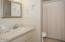 5160 NW Keel Ave, Lincoln City, OR 97367 - Guest Bath