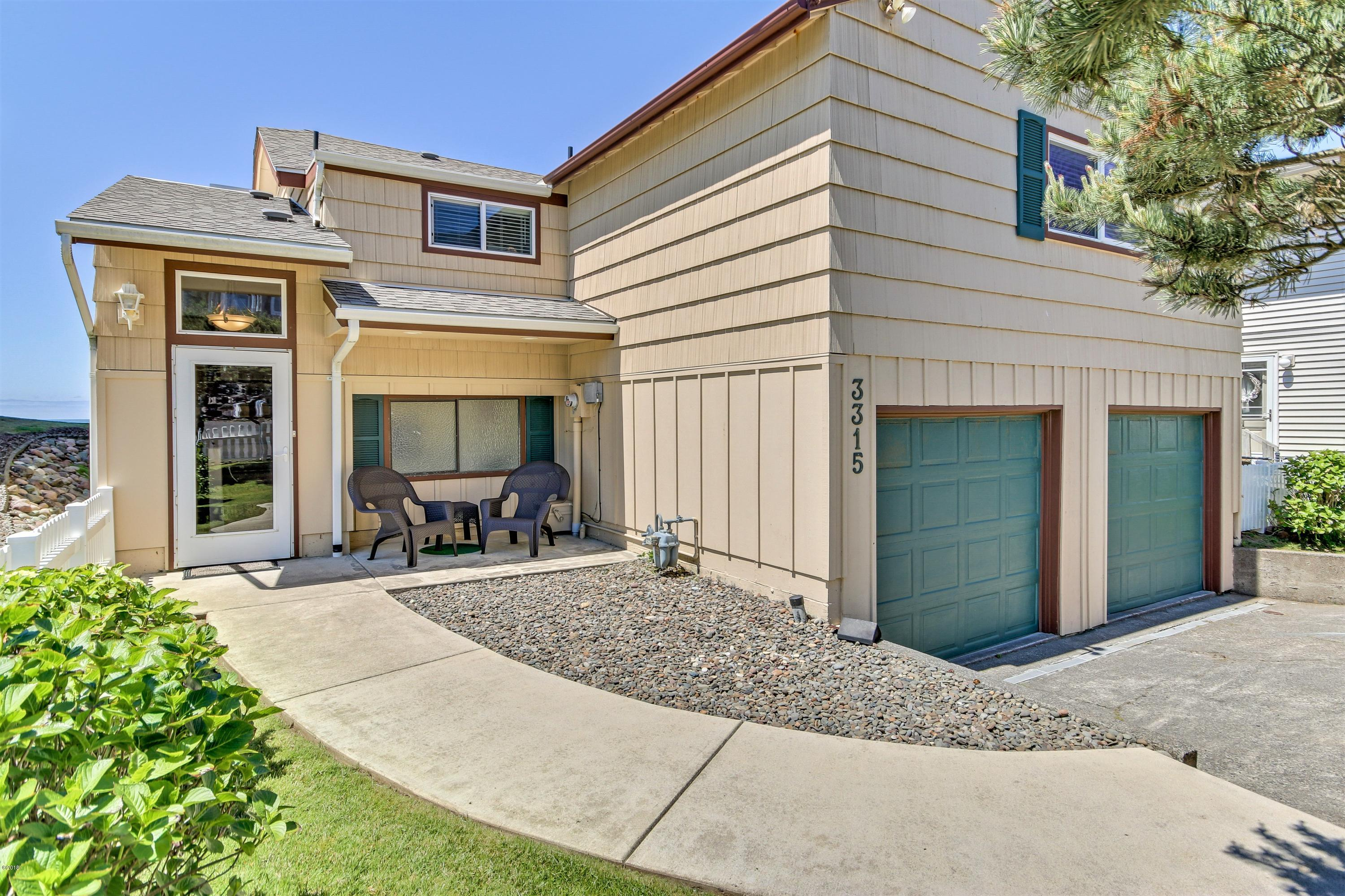 3315 SW Anchor Ave., Lincoln City, OR 97367 - Handsome Curbside Appearance