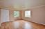 6417 SW Galley Ave, Lincoln City, OR 97367 - Entry and  living room