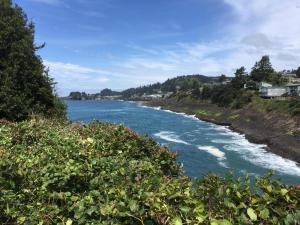 Lot 6 SW Cliff St, Depoe Bay, OR 97341