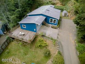 1748 N Bear Creek Rd, Otis, OR 97368