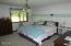 3023 Yasek Loop, Toledo, OR 97391 - Mstr bedroom