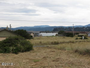 126 NW Sunset Way, Waldport, OR 97394