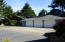 2526 NE Douglas St, Newport, OR 97365 - Deck & covered walk