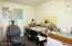 2526 NE Douglas St, Newport, OR 97365 - Office