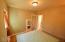 2208 NW Oceanview Dr, Newport, OR 97365 - Guest Bedroom