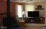 517,449 Thornton Creek Rd, Toledo, OR 97391 - living room