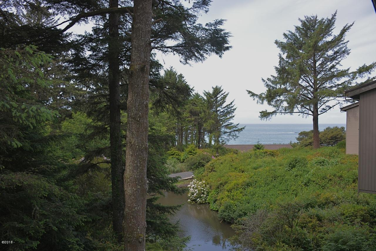 301 Otter Crest Dr, #204-205, 1/6th Share, Newport, OR 97369 - View