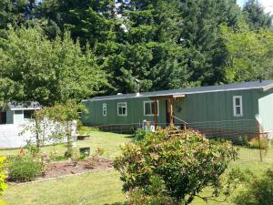 904 SE Clover Ln, Waldport, OR 97394 - 20180611_104955