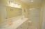 311 Kinnikinnick Way, Depoe Bay, OR 97341 - On-Suite Bathroom 2
