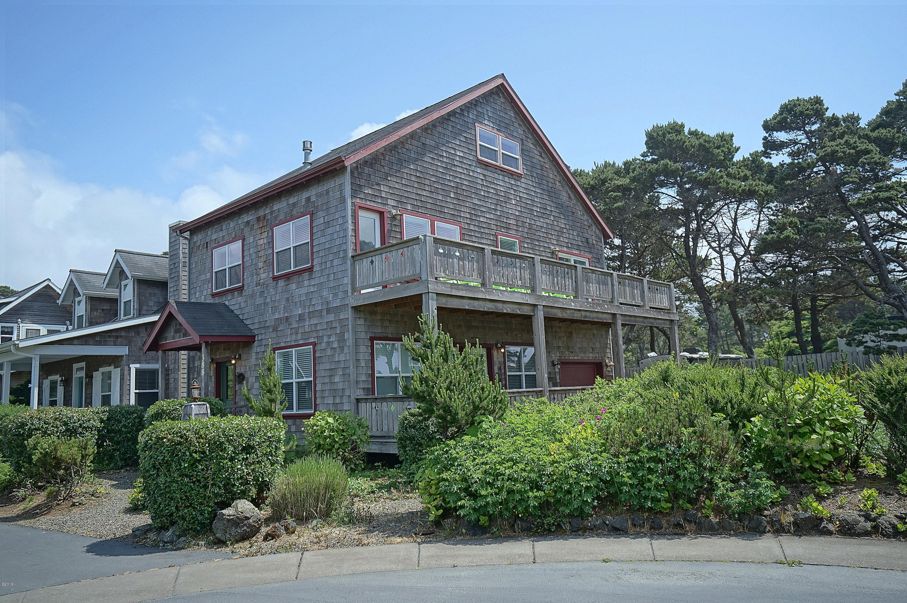 388 Bella Beach Dr, Lincoln City, OR 97341 - Bella Beach Oceanview Home
