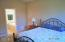 5770 SW Barnacle Ct, South Beach, OR 97366 - 10-1