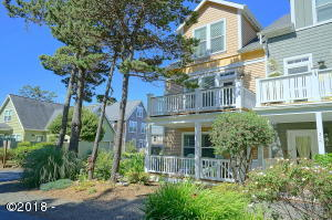 311 Kinnikinnick Way, Depoe Bay, OR 97341