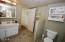 3125 NW Marine Ave, Lincoln City, OR 97367 - Upper Bathroom