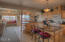 720 SW 6th St, J, Newport, OR 97365 - kitchen dining