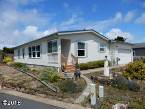 3895 Summit Ridge Cir, Depoe Bay, OR 97341 - Front Exterior