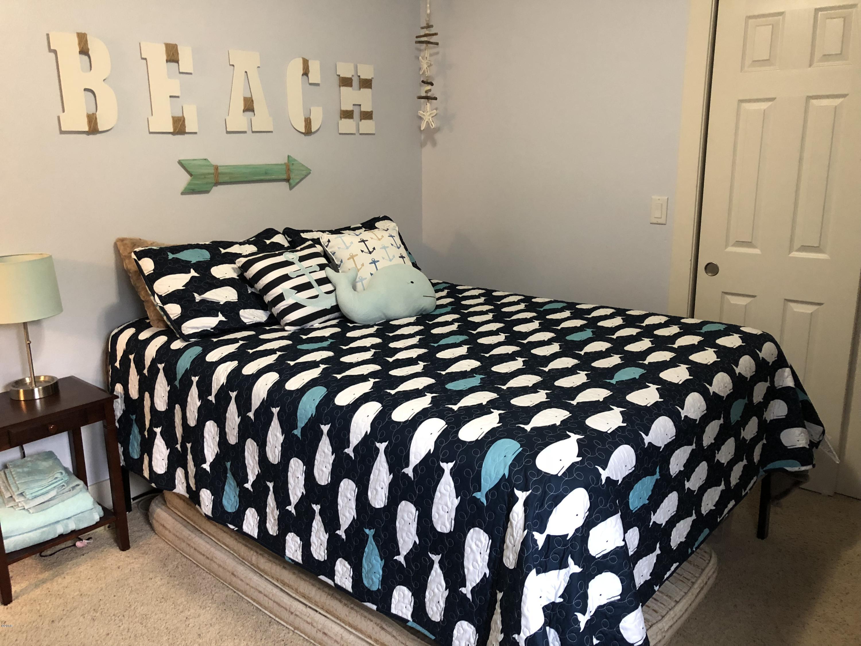 215 S Neptune St, Rockaway Beach, OR 97136 - Bedroom 1