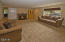 955 SE Loren Ln, Toledo, OR 97391 - Living room