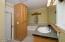 955 SE Loren Ln, Toledo, OR 97391 - Bath 1