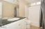 6225 NE Mast Ave, Lincoln City, OR 97367 - Upstairs Bathroom (1280x850)